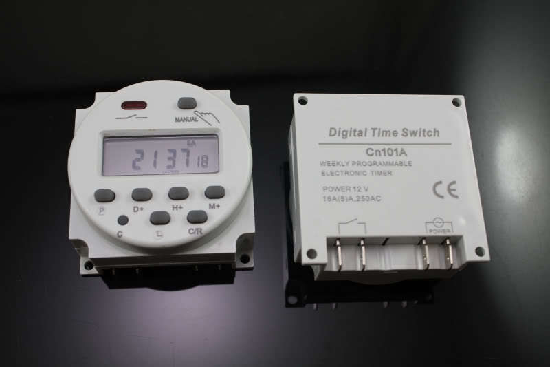 Programador digital 220v de pared todo en solar for Programador electrico digital