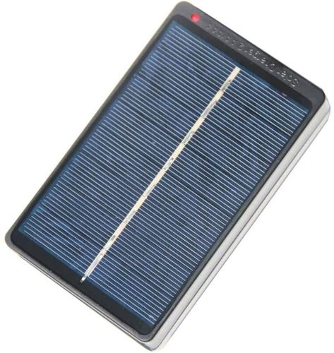 Solar battery charger AA and AAA