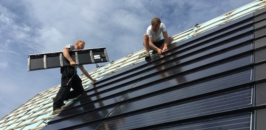 Photovoltaic solar roof tile for black flat roofs - Solar Energy